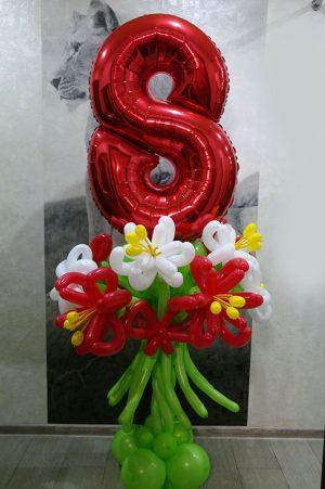 Декор на 8 марта шарами