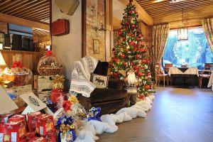 Новогодние украшения кафе и ресторанов
