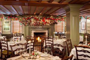 Новогоднее украшение ресторана