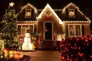 Светодиодное украшение дома на новый год