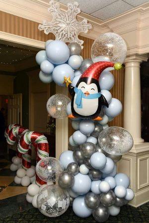 Новогодний декор дома шариками