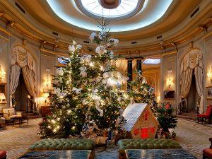 Новогодний интерьер в отеле