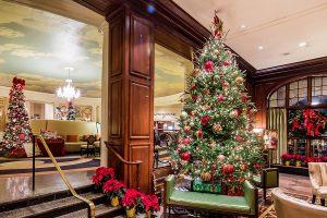 Новогодний интерьер в гостиницы