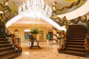 Рождественский декор отеля