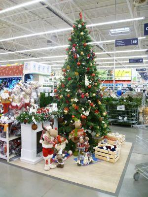 Оформление супермаркета к новому году