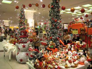 Декор супермаркета к новому году