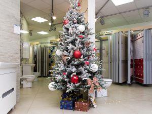 Новогоднее оформление торгового помещения