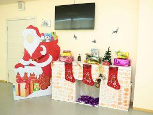 Новый год украшение школы
