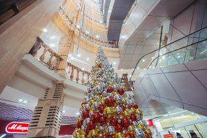 Новогоднее украшение торгового центра