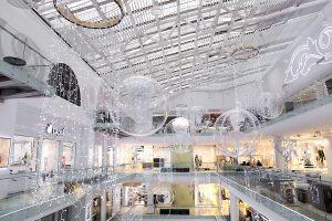 Декор торгового центра к новому году
